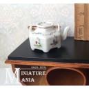 Фарфоровый чайник с восточным рисунком №2