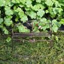 Проволочная скамья для миниатюрного сада