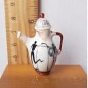 Миниатюрный чайник в этническом стиле (коричневый с белым). Фарфор. Масштаб 1/12